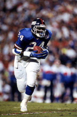 TAMPA, FL - JANUARY 27:  Running back Ottis Anderson #24 of the New York Giants carries the ball against the Buffalo Bills during Super Bowl XXV at Tampa Stadium on January 27, 1991 in Tampa, Florida. The Giants defeated the Bills 20-19.  (Photo by George
