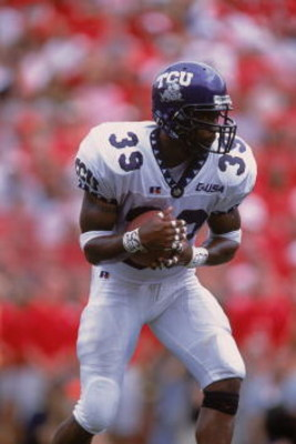 25 Aug 2001:  Jason Goss #39 of the Texas Christian (TCU) Horned Frogs running with the ball during the game against the Nebraska Cornhuskers at Memorial Stadium in Lincoln, Nebraska. The Cornhuskers defeated the Horned Frogs 21-7.Mandatory Credit: Tom Ha