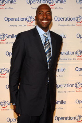 NEW YORK - MAY 07:  Former NBA player John Salley attends the 2009 Smile Event presented by Operation Smile at Cipriani Wall Street on May 7, 2009 in New York City.  (Photo by Bryan Bedder/Getty Images)