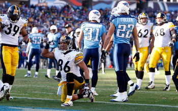 NASHVILLE, TN - DECEMBER 21:  Hines Ward #86 of the Pittsburgh Steelers celebrates after scoring a touchdown against the Tennessee Titans during their game on December 21, 2008 at LP Field in Nashville, Tennessee.  (Photo by Streeter Lecka/Getty Images)