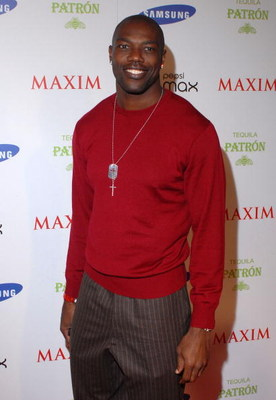 TAMPA, FL - JANUARY 30: Dallas Cowboys Wide Receiver Terrell Owens arrives for the Maxim Magazine Super Bowl XLIII party at The Ritz Ybor on January 30, 2009 in Tampa, Florida.  (Photo by Tim Boyles/Getty Images)