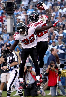 SAN DIEGO - NOVEMBER 30: Wide receiver Harry Douglas #83 and running back Jerious Norwood #32 of the Atlanta Falcons celebrate Douglas' fourth quarter touchdown reception against the San Diego Chargers on November 30, 2008 at Qualcomm Stadium in San Diego