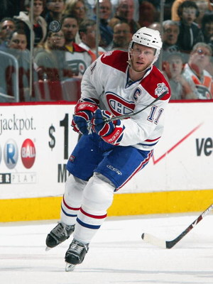 PHILADELPHIA - FEBRUARY 27:  Saku Koivu #11 of the Montreal Canadiens skates against the Philadelphia Flyers on February 27, 2009 at Wachovia Center in Philadelphia, Pennsylvania. The Habs defeated the Flyers 4-3 in overtime.  (Photo by Jim McIsaac/Getty