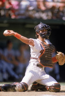 1989:  Benito Santiago of the San Diego Padres throws the ball during the 1989 season. (Photo by Stephen Dunn/Getty Images)