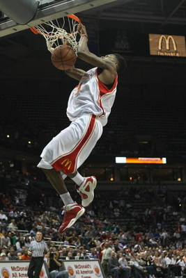 MILWAUKEE - MARCH 26:  Brandon Jennings #3 of the West team dunks during the 2008 McDonald's All American High School Boys basketball game on March 26, 2008 at the Bradley Center in Milwaukee, Wisconsin. (Photo by Jonathan Daniel/Getty Images)