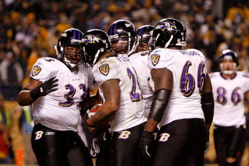 PITTSBURGH - JANUARY 18:  Running back Willis McGahee #23 of the Baltimore Ravens celebrates a touchdown with teammates against the Pittsburgh Steelers during the AFC championship game on January 18, 2009 at Heinz Field in Pittsburgh, Pennsylvania.  (Phot