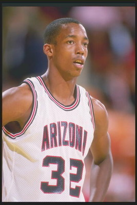 1988:  Guard Sean Elliott stands on the court during a game. Mandatory Credit: Mike Powell  /Allsport