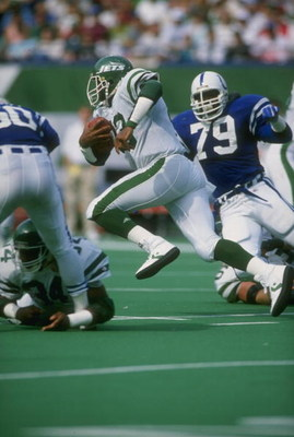 1 Oct 1989:  Fullback Roger Vick of the New York Jets in action during a game against the Indianapolis Colts at Giants Stadium in East Rutherford, New Jersey.  The Colts won the game 17-10. Mandatory Credit: T. G. Higgins  /Allsport