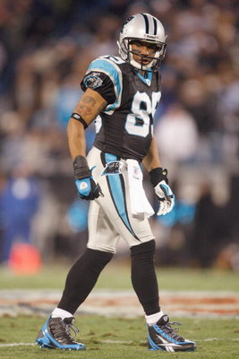 CHARLOTTE, NC - DECEMBER 08:  Steve Smith #89 of the Carolina Panthers gets ready to move at the snap during the game against the Tampa Bay Buccaneers at Bank of America Stadium on December 8, 2008 in Charlotte, North Carolina. (Photo by Streeter Lecka/Ge
