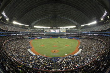 TORONTO - APRIL 6:  A general view of the Opening Day game between the Toronto Blue Jays and the Detroit Tigers at the Rogers Centre April 6, 2009 in Toronto, Ontario.(Photo by: Dave Sandford/Getty Images)
