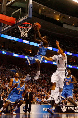 PHILADELPHIA - MARCH 21:  Darren Collison #2 of the UCLA Bruins shoots against Scottie Reynolds #1 of the Villanova Wildcats during the second round of the NCAA Division I Men's Basketball Tournament at the Wachovia Center on March 21, 2009 in Philadelphi
