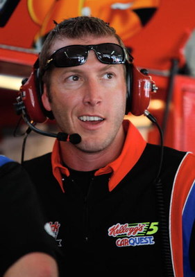 CONCORD, NC - MAY 21: Alan Gustafson, crew chief for the #5 CARQUEST/Kellogg's Chevrolet, talks in the garage during practice for the NASCAR Sprint Cup Series Coca-Cola 600 on May 21, 2009 at Lowe's Motor Speedway in Concord, North Carolina.  (Photo by Ge