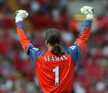 LONDON - AUGUST 17:  (FILE PHOTO) David Seaman of Manchester City celebrates during the FA Barclaycard Premiership match between Charlton Athletic and Manchester City held on August 17, 2003 at The Valley, in London. David Seaman, who was capped 75 times