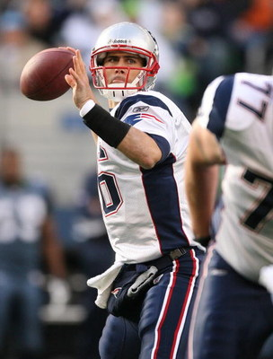 SEATTLE - DECEMBER 07:  Quarterback Matt Cassel #16 of the  New England Patriots passes against the Seattle Seahawks on December 7, 2008 at Qwest Field in Seattle, Washington. The Patriots defeated the Seahawks 24-21. (Photo by Otto Greule Jr/Getty Images