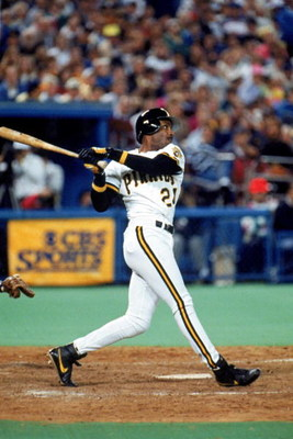 1990:  Barry Bonds #24 of the Pittsburgh Pirates takes a swing during game one of the National League Chapionship Series.  (Photo by Rick Stewart/Getty Images)