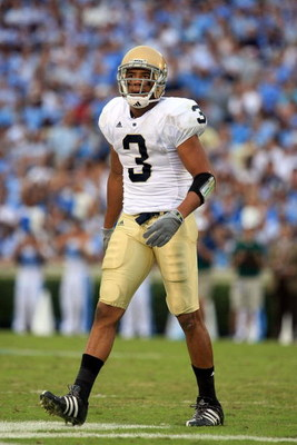 CHAPEL HILL, NC - OCTOBER 11:  Michael Floyd  #3 of the Notre Dame Fighting Irish onfield against the North Carolina Tar Heels at Kenan Stadium October 11, 2008 in Chapel Hill, North Carolina.  (Photo by Scott Halleran/Getty Images)