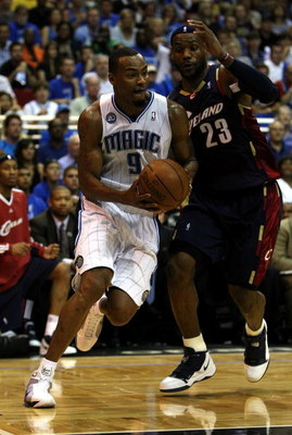 ORLANDO, FL - MAY 30:  Rashard Lewis #9 of the Orlando Magic drives to the hoop against LeBron James #23 of the Cleveland Cavaliers in Game Six of the Eastern Conference Finals during the 2009 Playoffs at Amway Arena on May 30, 2009 in Orlando, Florida. N