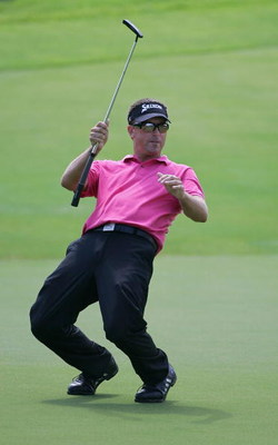 MEMPHIS, TN - JUNE 14:  Robert Allenby of Australia reacts to his missed birdie putt on the eighth green during the final round of the St. Jude Classic at TPC Southwind held on June 14, 2009 in Memphis, Tennessee.  (Photo by Michael Cohen/Getty Images)