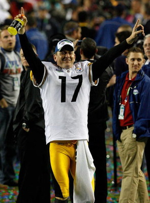 TAMPA, FL - FEBRUARY 01:  Punter Mitch Berger #17 of the Pittsburgh Steelers celebrates on the field after their 27-23 win against the Arizona Cardinals during Super Bowl XLIII on February 1, 2009 at Raymond James Stadium in Tampa, Florida.  (Photo by Kev