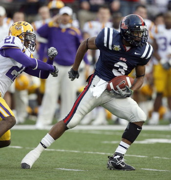 OXFORD, MS - NOVEMBER 17: Shay Hodge #3 of the Mississippi Rebels runs after the catch during a game against the LSU Tigers on November 17, 2007 at Vaught-Hemingway Stadium/Hollingsworth Field in Oxford, Mississippi. LSU beat Mississippi 41-24. (Photo by