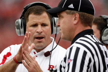 PISCATAWAY, NJ - SEPTEMBER 27:  Head Coach Greg Schiano of the Rutgers Scarlet Knights clarifies an issue with an official during the first quarter against the Morgan State Bears at Rutgers Stadium on September 27, 2008 in Piscataway, New Jersey.  (Photo 