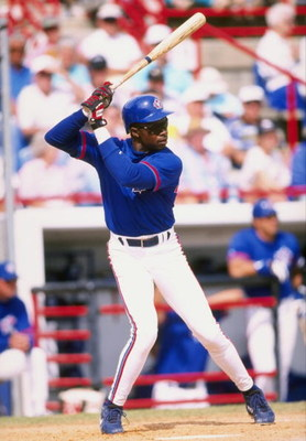 5 Mar 1998:  Tony Fernandez #1 of the Toronto Blue Jays in action during a spring training game against the Kansas City Royals at the Grant Field in Dunedin, Florida. The Blue Jays defeated the Royals 3-2. Mandatory Credit: Tom Hauck  /Allsport
