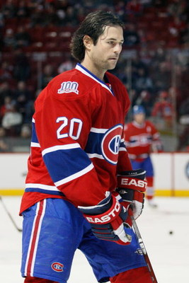 MONTREAL- JANUARY 31:  Robert Lang #20 of the Montreal Canadiens skates during the warm up period prior to facing the Los Angeles Kings at the Bell Centre on January 31, 2009 in Montreal, Quebec, Canada.   The Canadiens defeated the Kings 4-3.  (Photo by