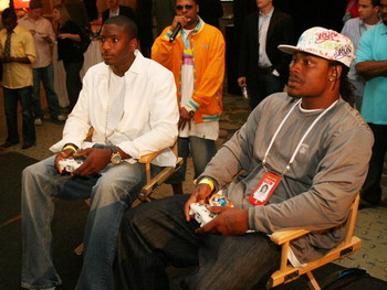 SANTA MONICA, CA - MAY 18: (L-R) NFL rookies Dwayne Jarrett and Marshawn Lynch take part in the EA Sports Rookie Madden Bowl during the NFL Players Rookie Premiere at the Loews Santa Monica Beach Hotel on May 18, 2007 in Santa Monica, California.  (Photo