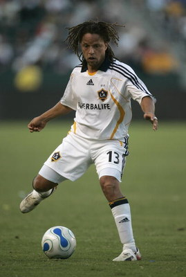 CARSON, CA - SEPTEMBER 23:  Cobi Jones #13 of the Los Angeles Galaxy handles the ball during the game against FC Dallas on September 23, 2007 at the Home Depot Center in Carson, California . (Photo by Jeff Gross/Getty Images)