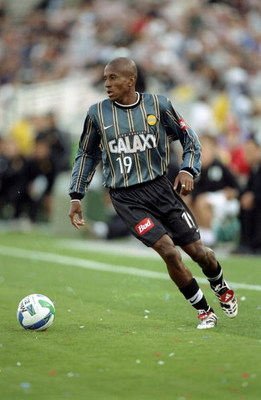 28 Mar 1999: Welton #19 of the Los Angeles Galaxy moves to kick the ball during the game against the Dallas Burn at the Rose Bowl in Pasadena, California. The Galaxy defeated the Burn 1-0.