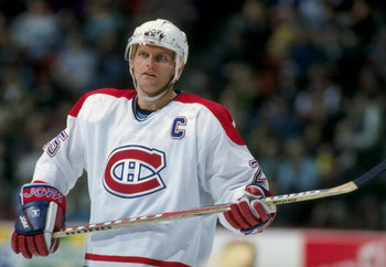 7 Mar 1998: Vincen Damphousse #25 of the Montreal Canadiens looks down the ice during a game against the Buffalo Sabres at the Molson Center in Montreal, Canada. The Sabres defeated the Canadiens 2-1.