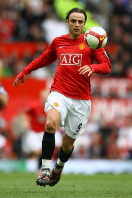 MANCHESTER, UNITED KINGDOM - MAY 10:  Dimitar Berbatov of Manchester United in action during the Barclays Premier League match between Manchester United and Manchester City at Old Trafford on May 10, 2009 in Manchester, England. (Photo by Alex Livesey/Get