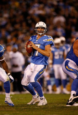 SAN DIEGO - DECEMBER 04:  Quarterback Philip Rivers #17 of the San Diego Chargers drops back to pass against the Oakland Raiders during their NFL Game on December 4, 2008 at Qualcomm Stadium in San Diego, California.  (Photo by Harry How/Getty Images)