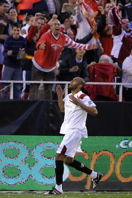 SEVILLE, SPAIN - APRIL 06:  Frederic Kanoute of Sevilla celebrates after scoring his sides' second goal during the La Liga match between Sevilla and Villarreal at the Sanchez Pizjuan stadium on April 6, 2008 in Seville, Spain.  (Photo by Denis Doyle/Getty