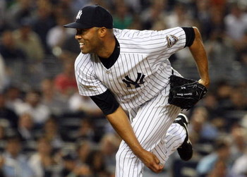 NEW YORK - JULY 01:  Mariano Rivera #42 of the New York Yankees pitches against the Seattle Mariners on July 1, 2009 at Yankee Stadium in the Bronx borough of New York City. The Yankees defeated the Mariners 4-2.  (Photo by Jim McIsaac/Getty Images)