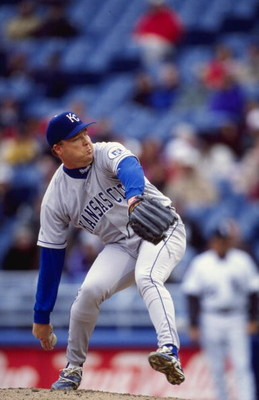 11 Apr 1999:  Kevin Appier #17 of the Kansas City Royals winds up for the pitch during the game against the Chicago White Sox at the Comskey Park in Chicago, Illinois. The Royals defeated the White Sox 3-1. Mandatory Credit: Matthew Stockman  /Allsport