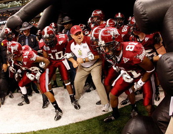 NEW ORLEANS - DECEMBER 21:  Members of the Troy Trojans prepare to take the field against the Southern Mississippi Golden Eagles during the R+L Carriers New Orleans Bowl on December 21, 2008 at the Superdome in New Orleans, Louisiana.  (Photo by Chris Gra