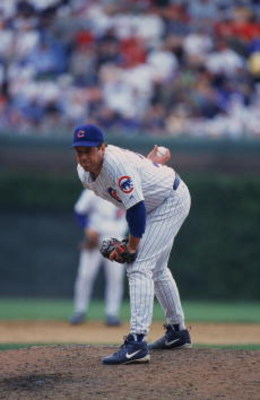 7 Jun 2001:  Pitcher Kevin Tapani #36 of the Chicago Cubs getting ready to throw the ball during the game against the St. Louis Cardinals at Wrigley Field in Chicago, Illinois.  The Cubs defeated the Cardinals 4-3.Mandatory Credit: Jonathan Daniel  /Allsp