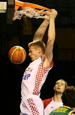 AUCKLAND, NEW ZEALAND - JULY 08:  Leon Radosevic of Croatia dunks the ball during the U19 Basketball World Championships match between Australia and Croatia at North Shore Events Centre on July 8, 2009 in Auckland, New Zealand.  (Photo by Hannah Johnston/
