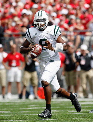 COLUMBUS, OH - SEPTEMBER 06:  Boo Jackson #8 of the Ohio Bobcats moves to pass the ball during the game against the Ohio State Buckeyes at Ohio Stadium on September 6, 2008 in Columbus, Ohio.  (Photo by Kevin C. Cox/Getty Images)
