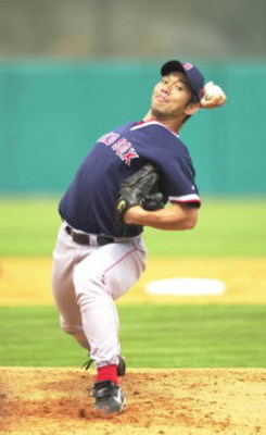 4 Mar 2001:  Hideo Nomo #11 of the Boston Red Sox in action against the Minnesota Twins at Hammond Stadium in Fort Myers, Florida. DIGITAL IMAGE Mandatory Credit: Ezra Shaw/ALLSPORT