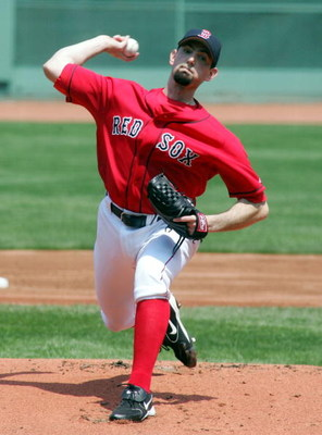 BOSTON, MA - MAY 11: Matt Clement #30 of the Boston Red Sox pitches against the Oakland Athletics during thier game at Fenway Park on May 11, 2005 in Boston, Massachusetts.The Red Sox defeated the Athletics 6-5.   (Photo by Jim McIsaac/Getty Images)