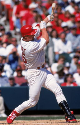 9 Apr 2000: Mark McGwire #25 of the St. Louis Cardinals swings at the pitch during the game against the Milwaukee Brweers at the Busch Stadium in St. Louis, Missouri. The Cardinals defeated the Brewers 11-2. Mandatory Credit: Elsa Hasch  /Allsport