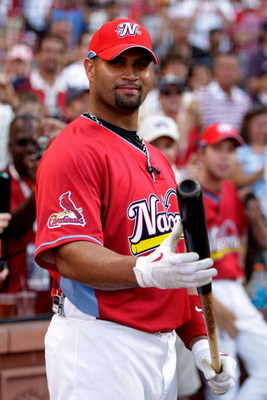 ST LOUIS, MO - JULY 13:  National League All-Star Albert Pujols of the St. Louis Cardinals looks on before the State Farm Home Run Derby at Busch Stadium on July 13, 2009 in St. Louis, Missouri.  (Photo by Jamie Squire/Getty Images)