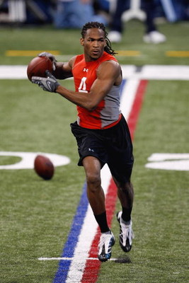 INDIANAPOLIS, IN - FEBRUARY 22:  Wide receiver Demetrius Byrd of Louisiana State catches the football during the NFL Scouting Combine presented by Under Armour at Lucas Oil Stadium on February 22, 2009 in Indianapolis, Indiana. (Photo by Scott Boehm/Getty