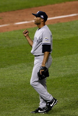 ST LOUIS, MO - JULY 14:  American League All-Star Mariano Rivera of the New York Yankees celebrates after winning the 2009 MLB All-Star Game at Busch Stadium on July 14, 2009 in St Louis, Missouri.  (Photo by Elsa/Getty Images)