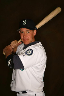 PEORIA, AZ - FEBRUARY 27:  Bret Boone of the Seattle Mariners poses for a portrait during the Seattle Mariners Photo Day at Peoria Stadium on February 27, 2005 in Peoria, Arizona. (Photo by Lisa Blumenfeld/Getty Images)