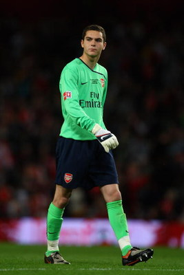 LONDON, ENGLAND - MAY 22:  James Shea, Arsenal goalkeeper looks on during the FA Youth Cup Final 1st Leg match between Arsenal and Liverpool at The Emirates Stadium on May 22, 2009 in London, England.  (Photo by Julian Finney/Getty Images)