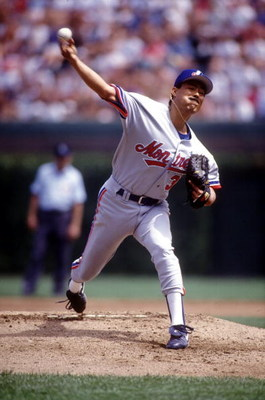17 Aug 1993:  Pitcher Dennis Martinez of the Montreal Expos in action against the Chicago Cubs at Wrigley Field in Chicago, Illinois. Mandatory Credit: Jonathan Daniel/Allsport