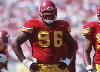 14 Oct 1995: Defensive lineman Darrell Russell of USC during the Trojans 26-14 win over Washington State at the Memorial Coliseum in Los Angeles, California.